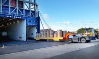 Movella: Anwendungsgebiete - Hafen - R4 Translifter With Paper Rolls